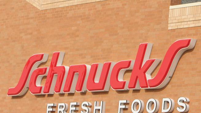 Shnucks exterior signage